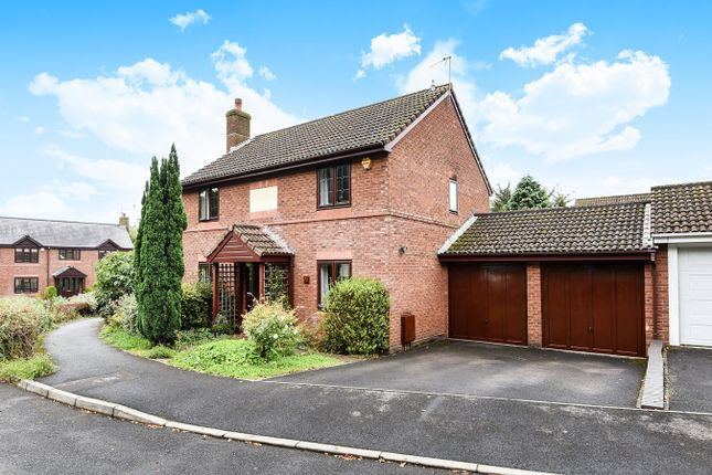 4 bed detached house for sale in Majestic Road, Hatch Warren, Basingstoke
