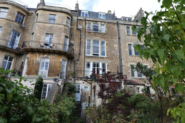 Thumbnail Flat to rent in Kensington Place, Bath