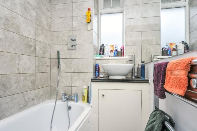 Bathroom of Bourbon House, Beckenham Hill Road, London SE6