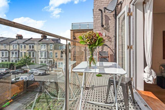 Balcony of Battersea Rise, Clapham Junction / Battersea SW11