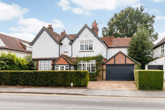 Picture No. 41 of Marsham Way, Gerrards Cross, Buckinghamshire SL9