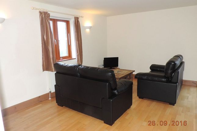 Thumbnail Flat to rent in 16 Sovereign House, Nelson Quay, Milford Haven