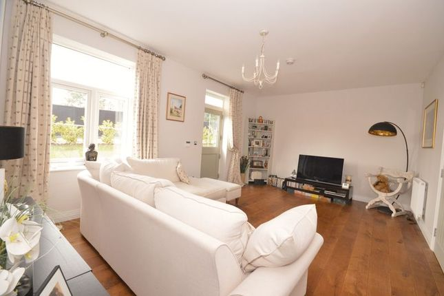 Thumbnail Town house for sale in Sir Geoffrey Todd, Kings Drive, Midhurst