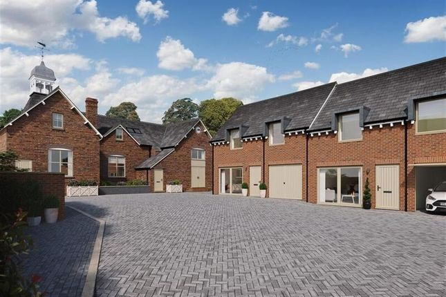 Thumbnail Town house for sale in Lode Lane, Solihull, West Midlands