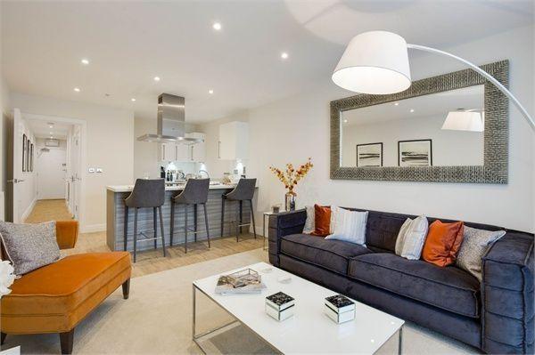 Thumbnail Flat for sale in Bessemer Road, Welwyn Garden City, Hertfordshire