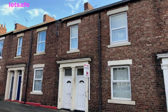 2 bed flat to rent in Addison Street, North Shields NE29