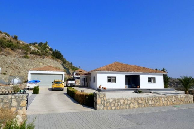 Thumbnail Apartment for sale in 5 Bed Bungalow + 1 Bedroom Annex With Pool + Spectacular Views, Canarli, Cyprus