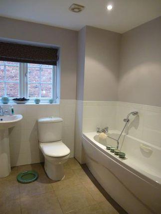 Bathroom of Kenilworth Close, Balsall Common, Coventry CV7