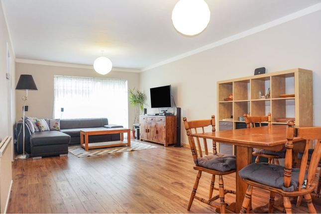 Thumbnail Maisonette for sale in 31 Eastwood Road North, Leigh-On-Sea