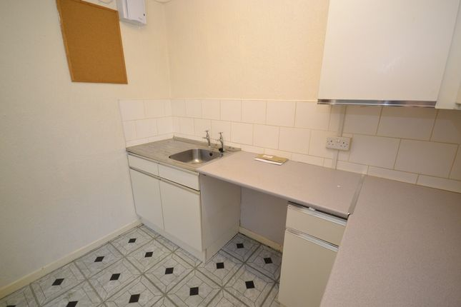 Thumbnail Flat to rent in Rothesay Avenue, Newcastle-Under-Lyme