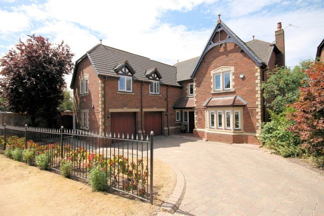 Thumbnail Cottage for sale in Jacobs Way, Pickmere, Knutsford