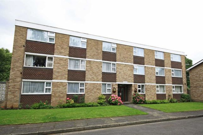 Thumbnail Flat to rent in Cumberland Place, Sunbury-On-Thames