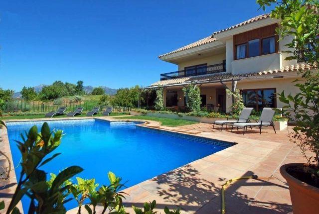 2 Villa Del Gato of Spain, Málaga, Marbella, El Rosario