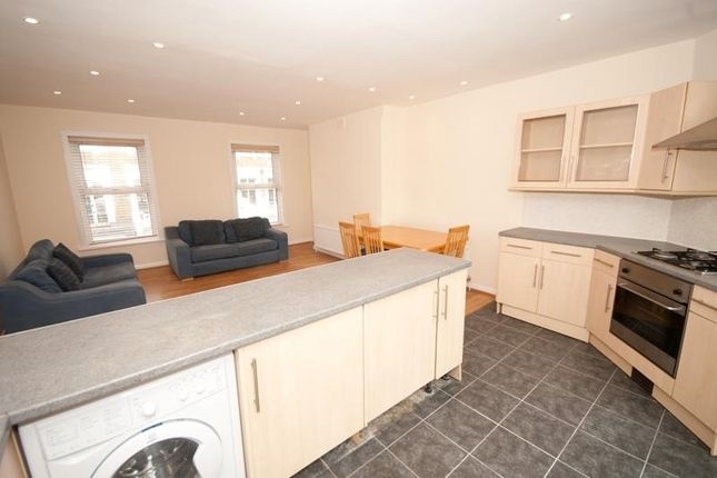 Thumbnail Flat to rent in Westow Hill, London