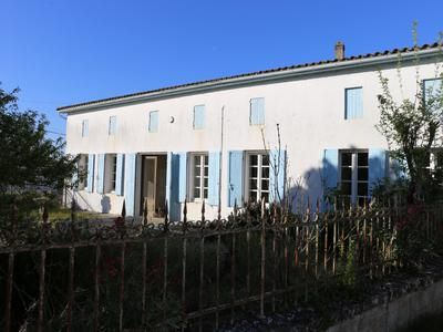 2 bed property for sale in St-Thomas-De-Conac, Charente-Maritime, France