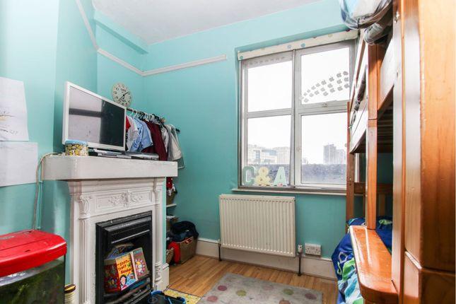 Bedroom of South Lambeth Road, London SW8