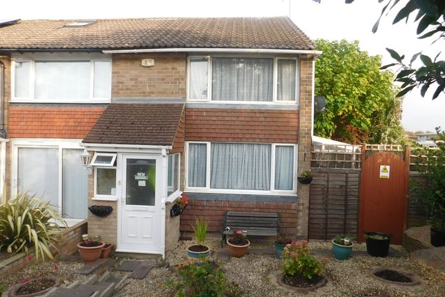 Thumbnail Semi-detached house to rent in Wendover Road, Havant