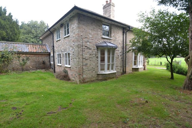 Thumbnail Detached house to rent in Hall Lane, Riddlesworth, Nr Diss