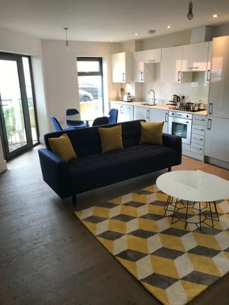 1 bed flat for sale in Bishops Road, Slough SL1