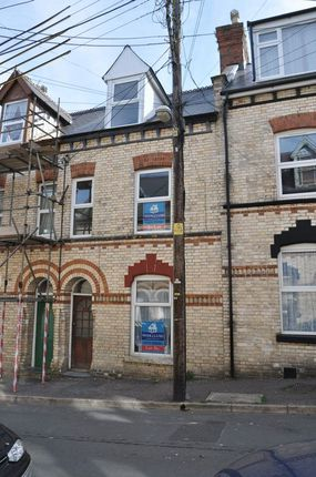 Thumbnail Flat to rent in Sunflower Road, Barnstaple