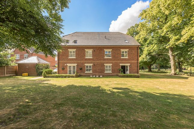 Flat for sale in Walter Slade Court, Norris Close, St. Albans, Hertfordshire
