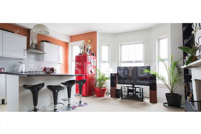 Thumbnail Flat to rent in Gap Road, Wimbledon