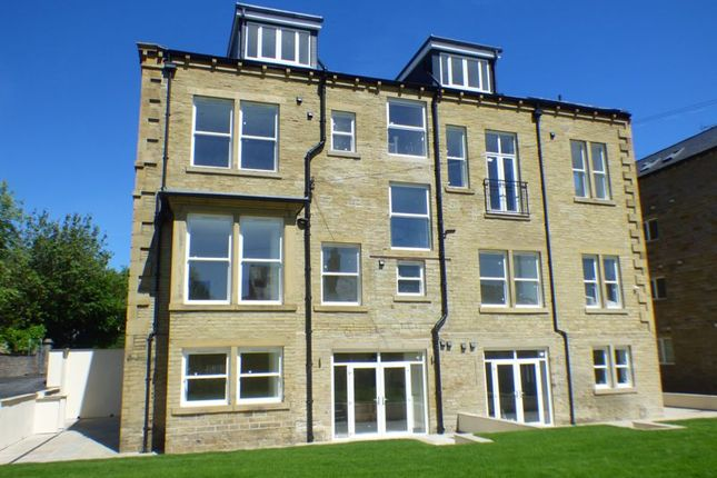 Thumbnail Flat for sale in Stafford Avenue, Halifax
