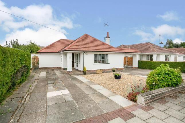 3 bed bungalow for sale in Marten Avenue, Wirral, Merseyside CH63
