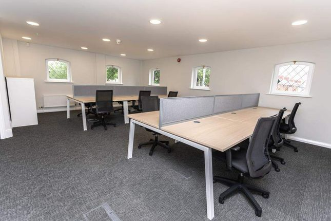 Thumbnail Office to let in Worksmarthub, 100 Wilderspool Causeway, Warrington