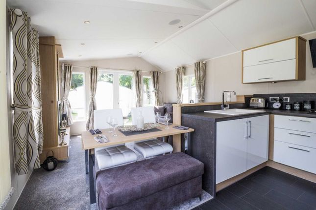 Thumbnail Mobile/park home for sale in Eastbourne Road, Pevensey Bay, Pevensey