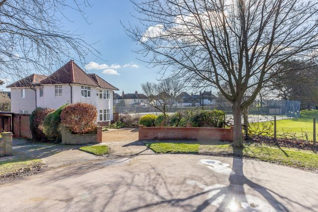 Thumbnail Detached house for sale in Queens Road, Colchester