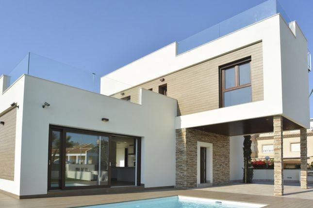 3 bed villa for sale in Cala Del Moro, Cala Del Moro, Torrevieja