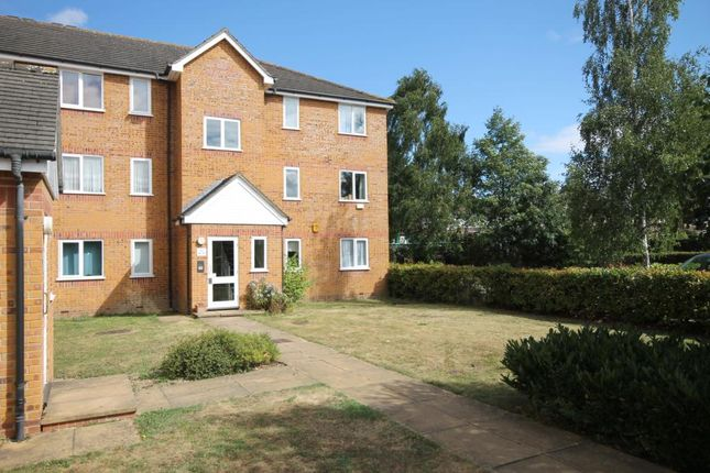 Thumbnail Flat to rent in Brindley Close, Alperton, Middlesex