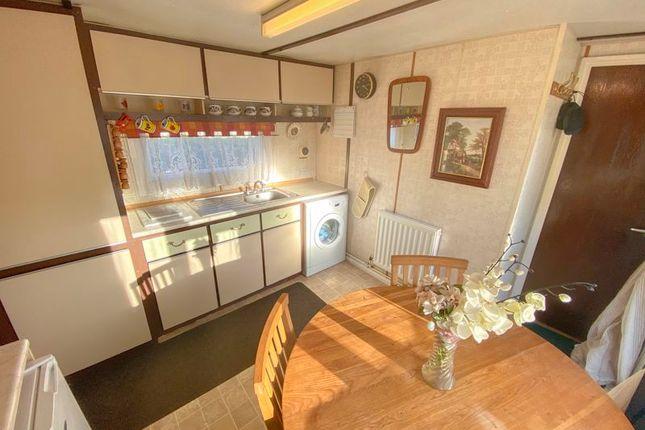 Kitchen of Fifth Avenue, Parklands Mobile Homes, Scunthorpe DN17