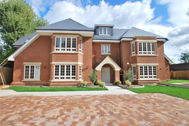 Thumbnail Flat for sale in Penn Road, Beaconsfield, Buckinghamshire