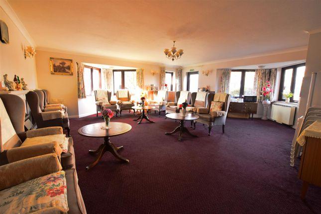 Communal Lounge of Ashton Court, High Road, Chadwell Heath, Romford RM6