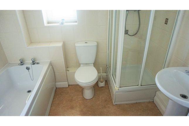 Fleet avenue hartlepool ts24 2 bedroom flat for sale for Best bathrooms hartlepool
