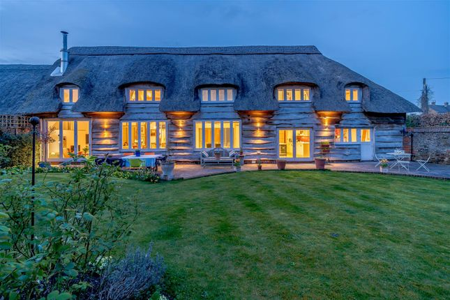 4 bed barn conversion for sale in Orchard Lane, East Hendred, Wantage, Oxfordshire OX12