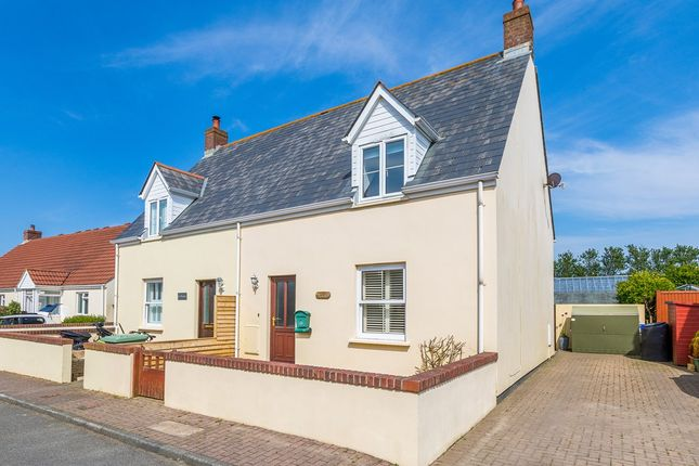 Thumbnail Semi-detached house for sale in Route De Clos Landais, St. Saviour, Guernsey