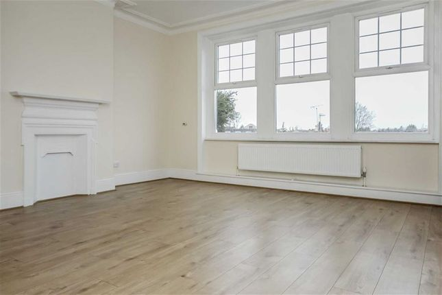 Thumbnail Flat to rent in Broad Street, Teddington