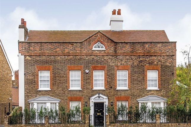 Thumbnail Detached house for sale in Kingston Road, London
