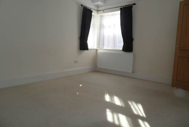 Bedroom of Riversdale House, 41 London Road, High Wycombe HP11