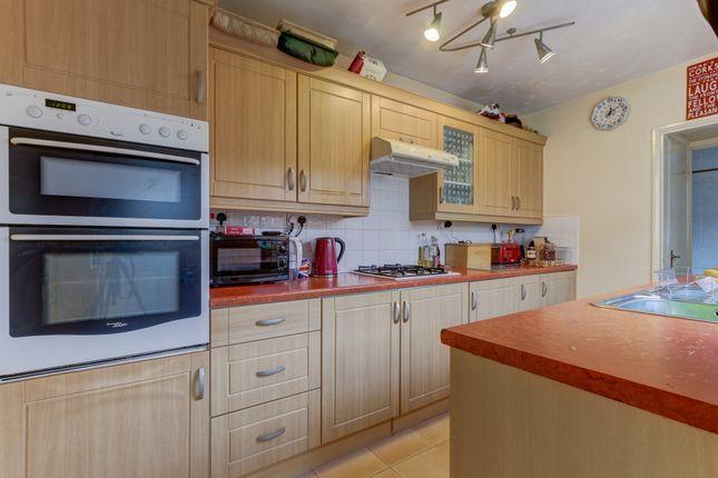 Kitchen of Butler Street, Astwood Bank, Redditch B96