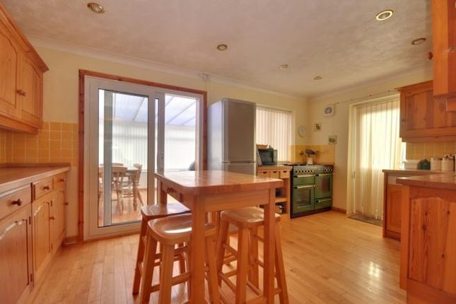 Thumbnail Detached house to rent in Hawks Way, Ashford