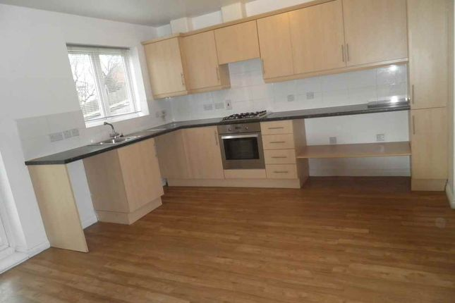 Thumbnail Detached house to rent in Vowles Road, West Bromwich