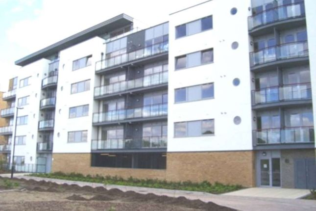 Thumbnail Flat to rent in Miles Close, West Thamesmead, London