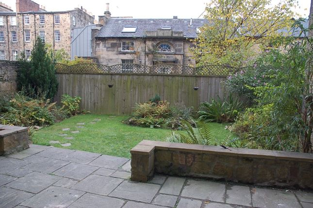 Photo 9 of Abercromby Place, New Town, Edinburgh EH3