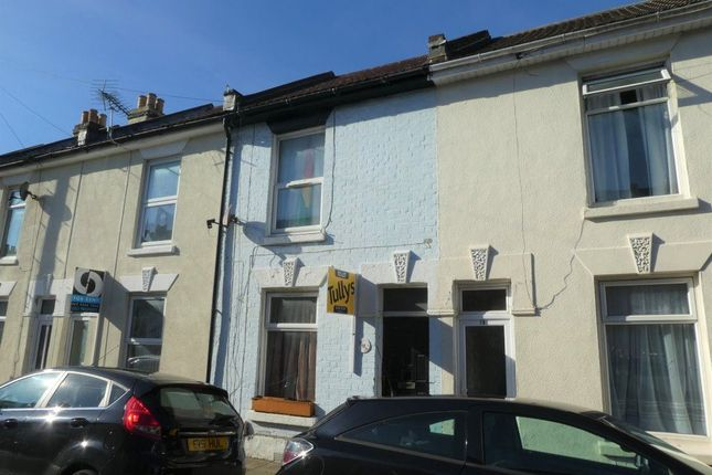 Thumbnail Property to rent in Beatrice Road, Southsea