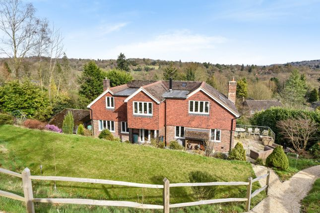 Thumbnail Detached house to rent in Stoatley Rise, Haslemere