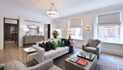 Thumbnail Terraced house to rent in Duke Street, London